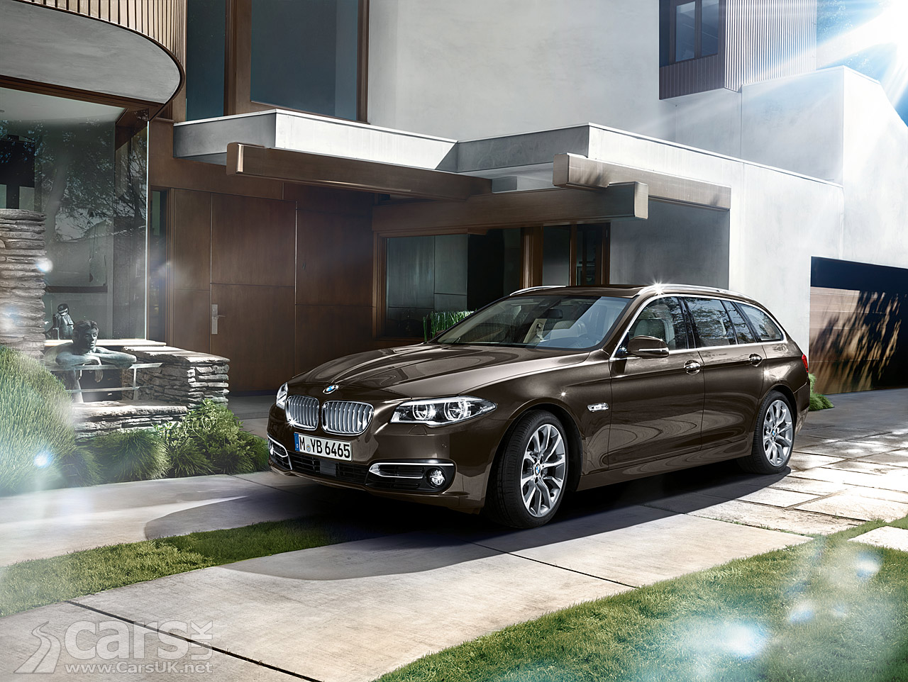 2013 bmw 5 series touring facelift pictures cars uk. Black Bedroom Furniture Sets. Home Design Ideas
