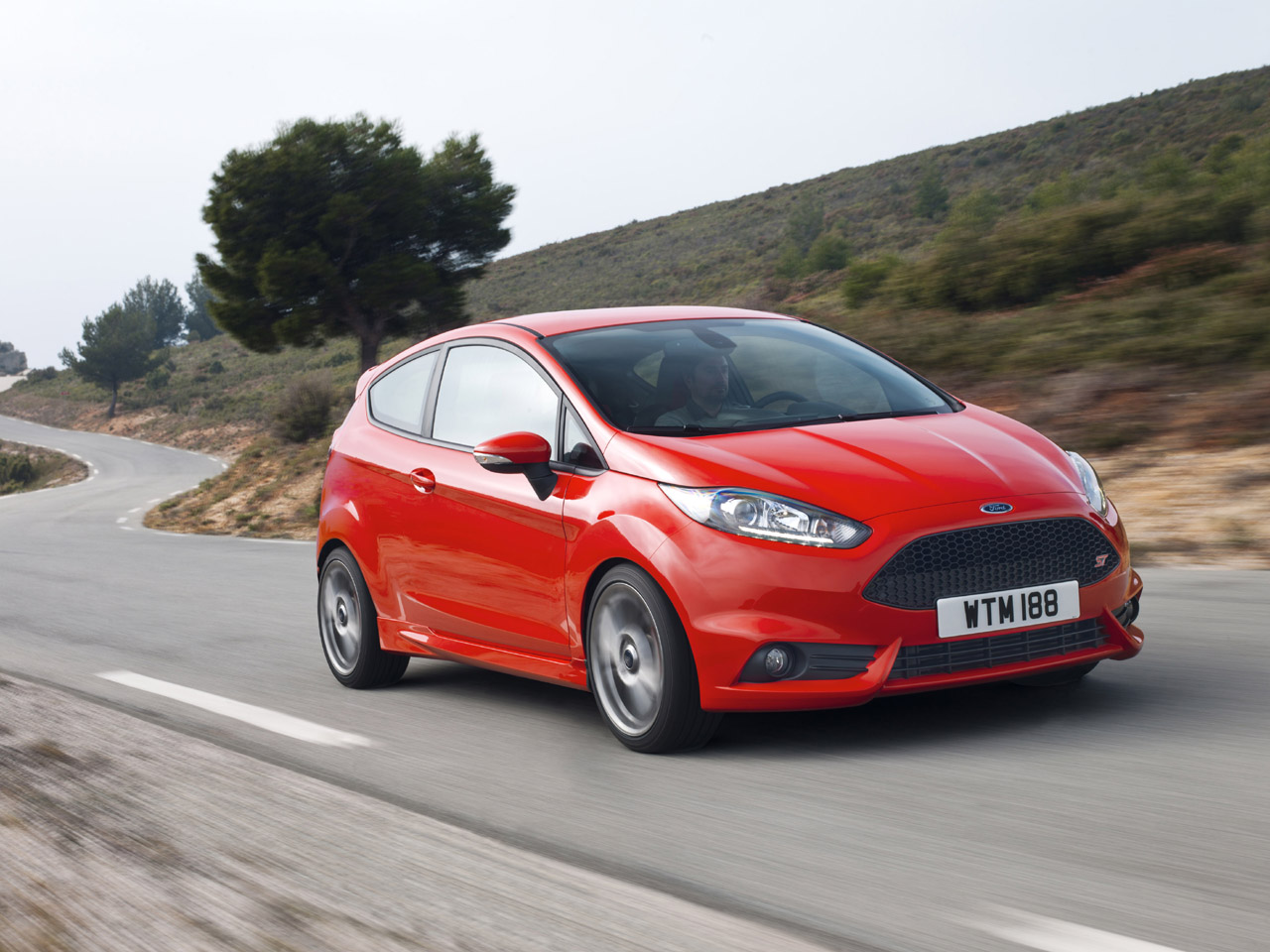 2013 ford fiesta st photo gallery cars uk. Black Bedroom Furniture Sets. Home Design Ideas