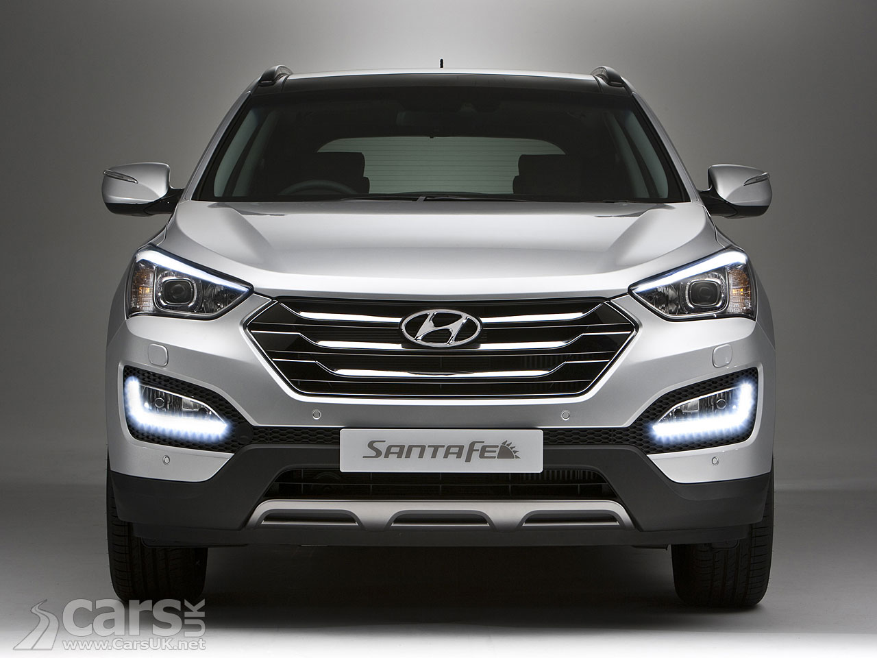 details news lwb and fe hyundai santa unveils photos