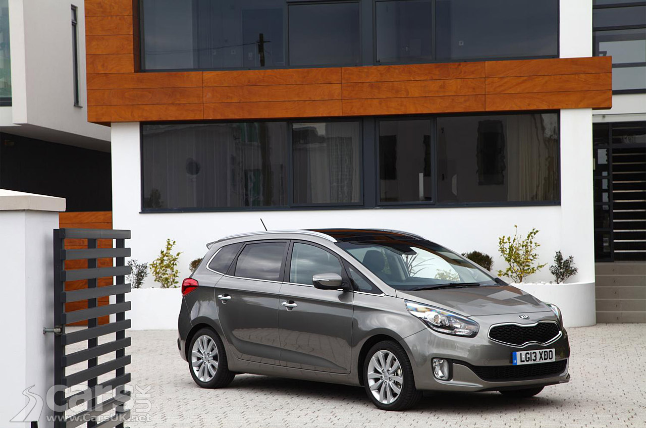 2013 Kia Carens UK