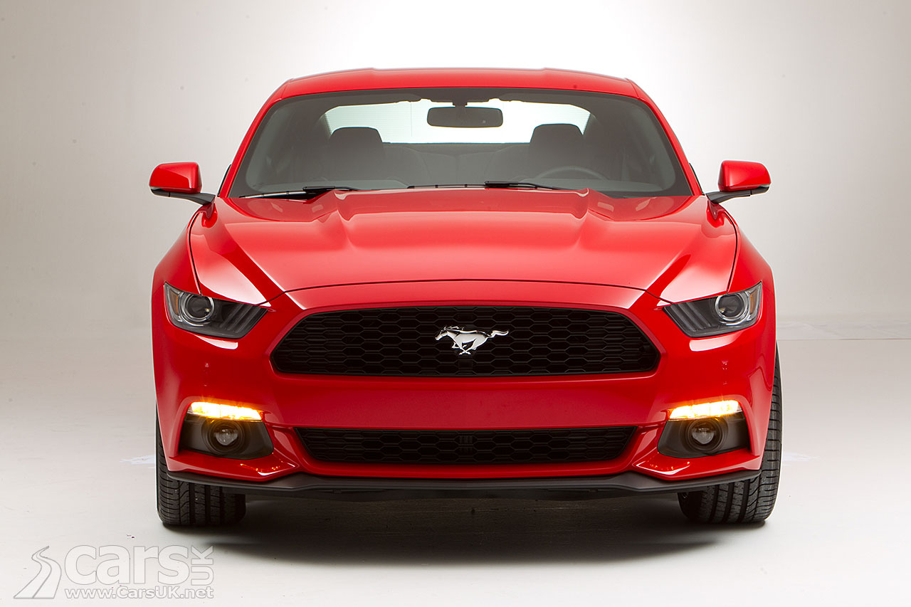 2015 ford mustang pictures cars uk. Black Bedroom Furniture Sets. Home Design Ideas