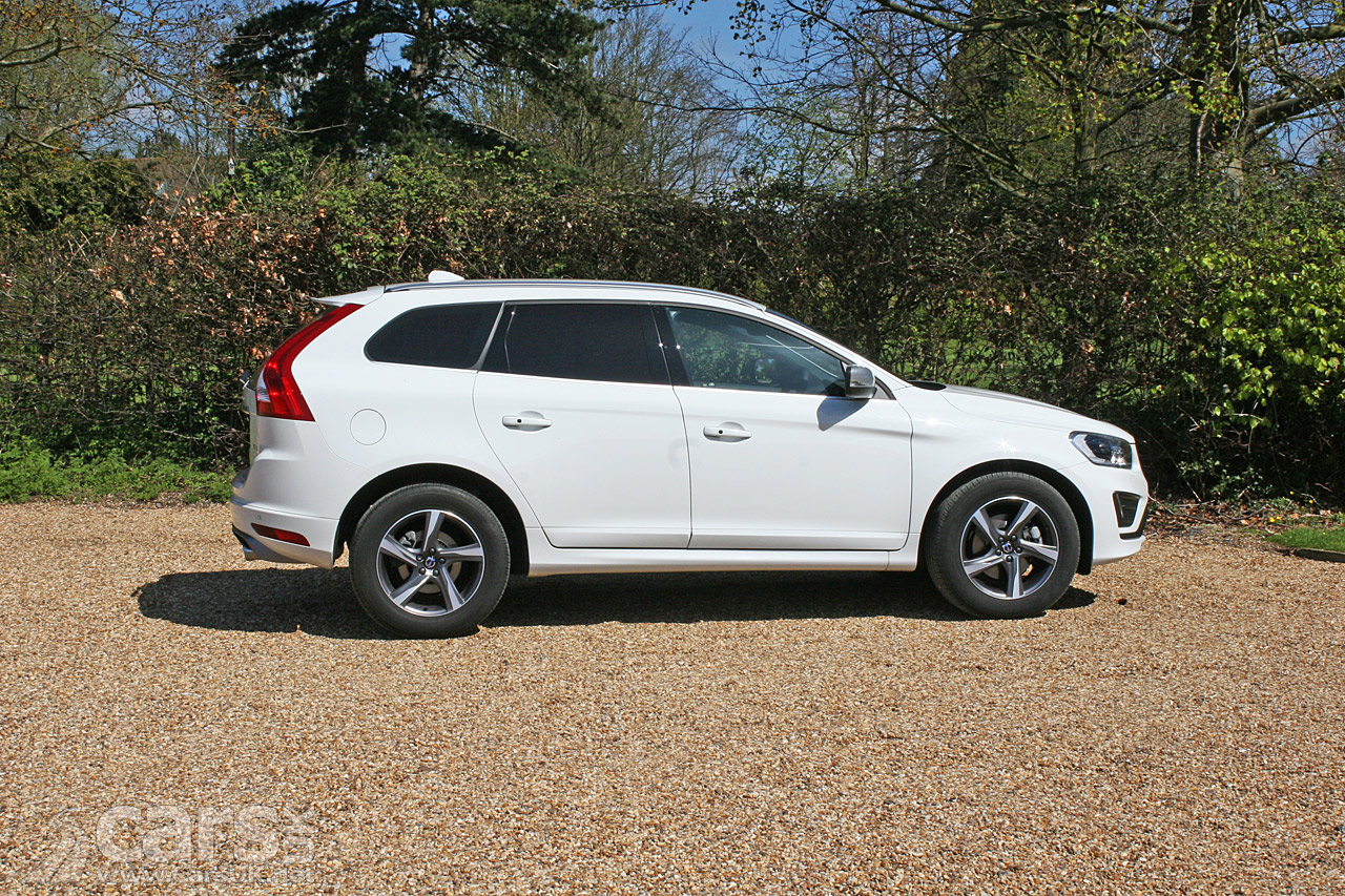2016 volvo xc60 d4 awd r design lux nav review photos cars uk. Black Bedroom Furniture Sets. Home Design Ideas