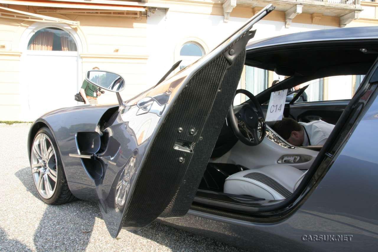 Aston Martin One-77 Photo