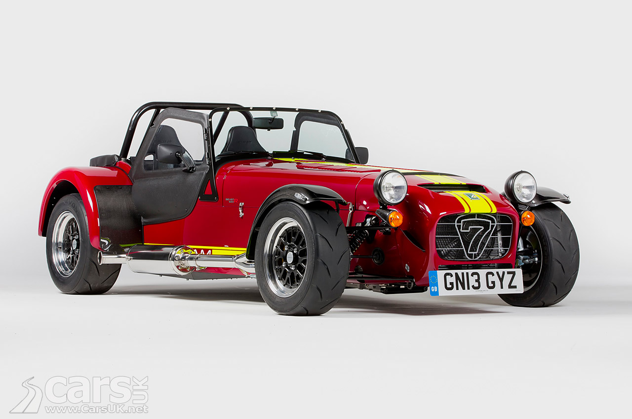 Photos of the new Caterham 620R a range topping 7 that replaces the