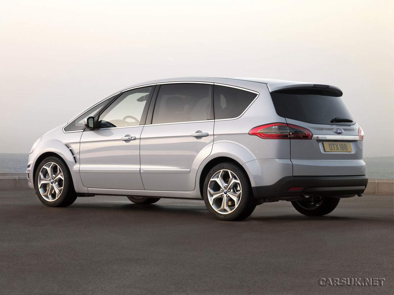 ford s max 2010 and ford galaxy 2010 revealed