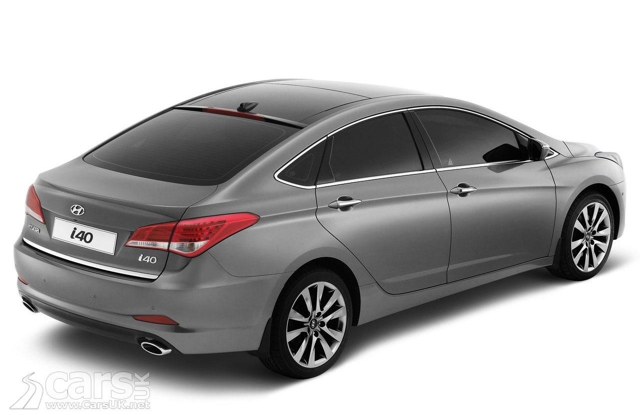 2012 Hyundai i40 saloon (2)