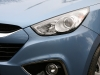 Hyundai ix35 2.0 CRDi 4WD Review headlight photo