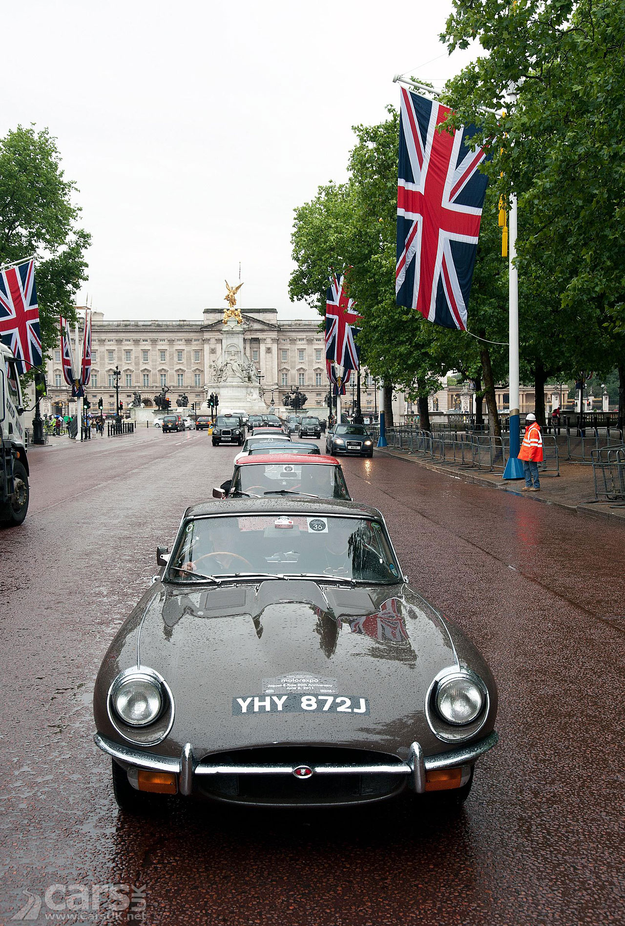 Jaguar E-Type Convoy London 2011 3