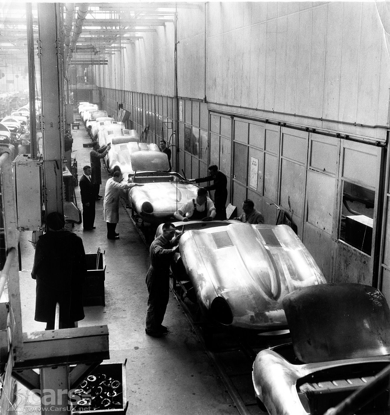 jaguar-e-type-production-