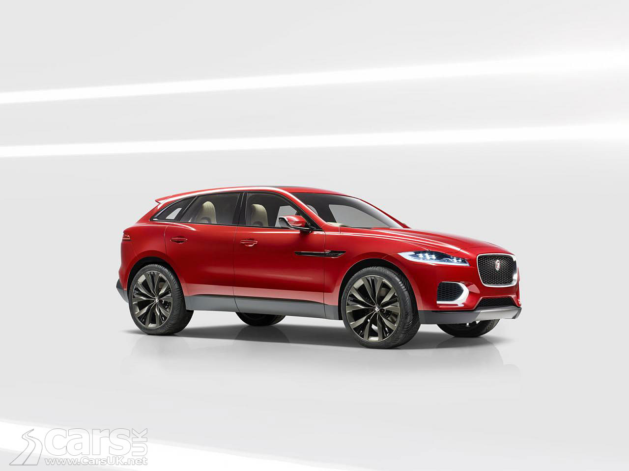 jaguar suv c x17 italian racing red pictures cars uk. Black Bedroom Furniture Sets. Home Design Ideas