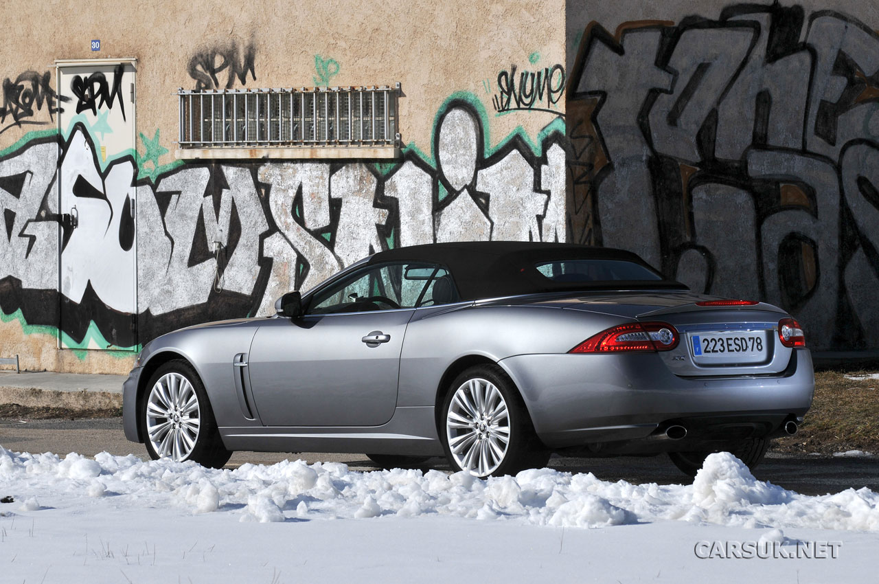 Jaguar XK 5.0 Portfolio