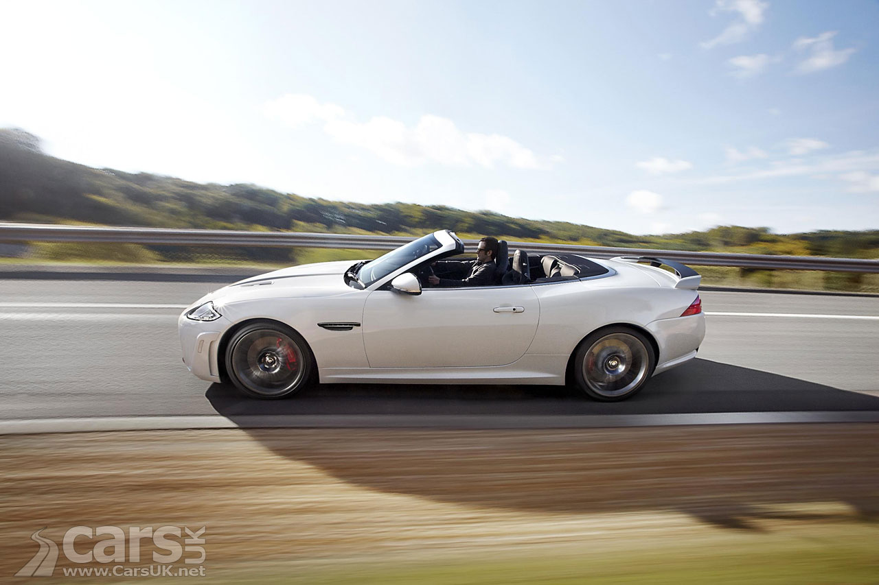 Jaguar XKR-S Convertible 3