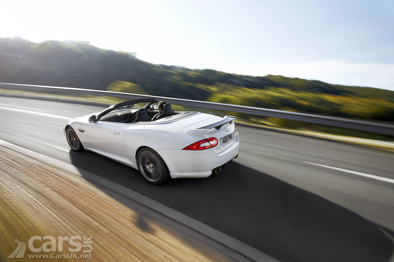 Jaguar XKR-S Convertible 7