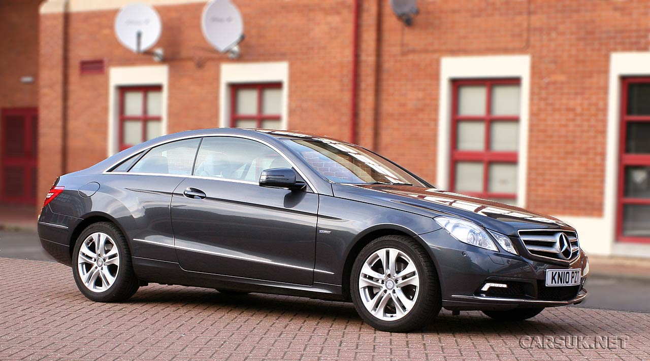 mercedes e220 cdi blueefficiency se coupe photo gallery 2010. Black Bedroom Furniture Sets. Home Design Ideas