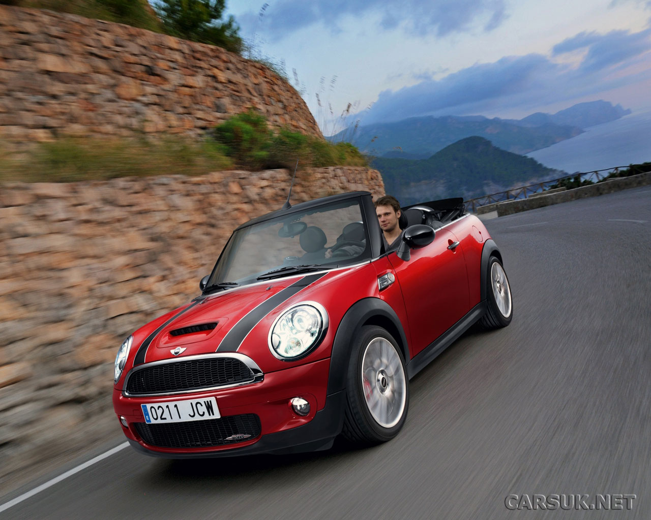 mini cooper cabriolet jcw to show at geneva. Black Bedroom Furniture Sets. Home Design Ideas