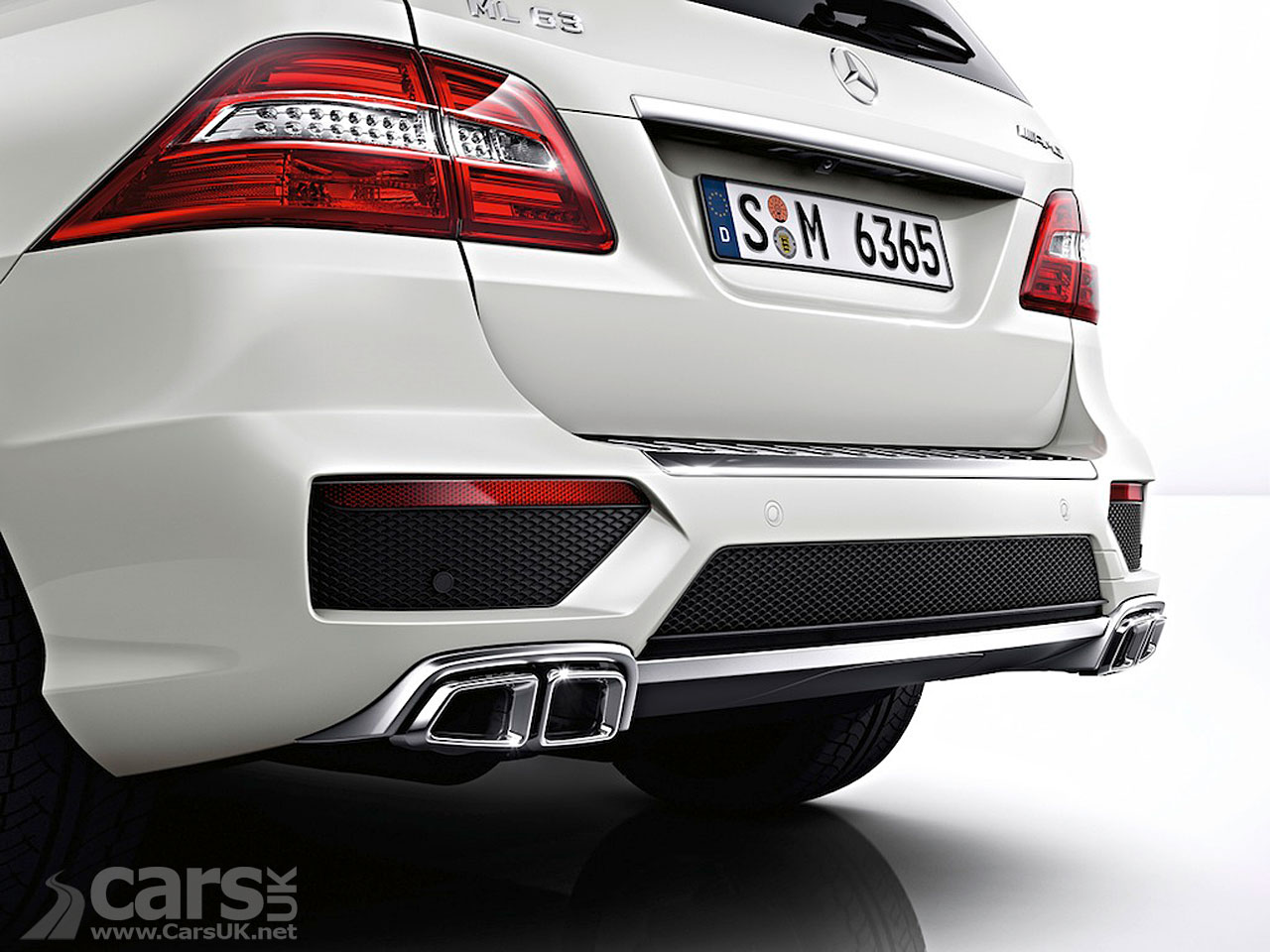 New Mercedes ML63 AMG (2012) 14