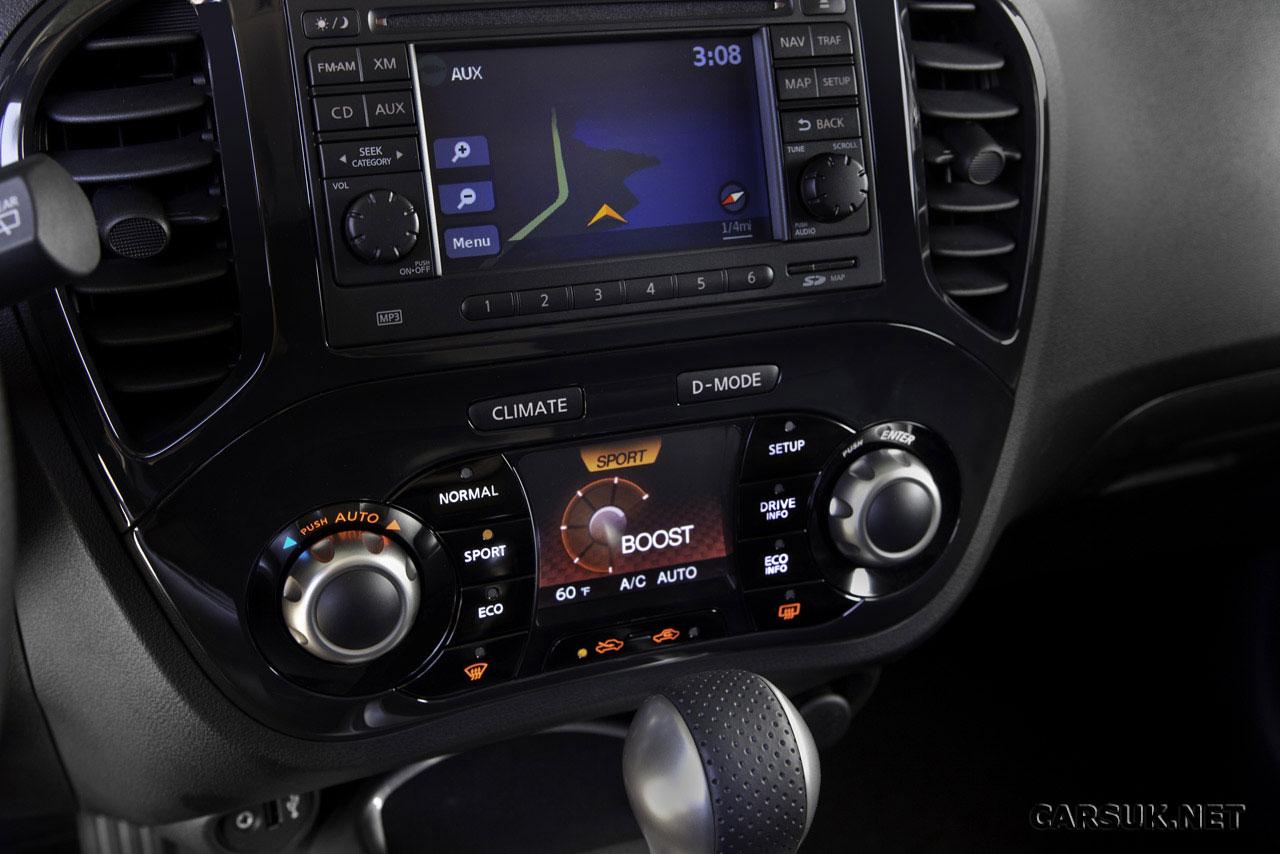 Nissan+juke+2011+interior