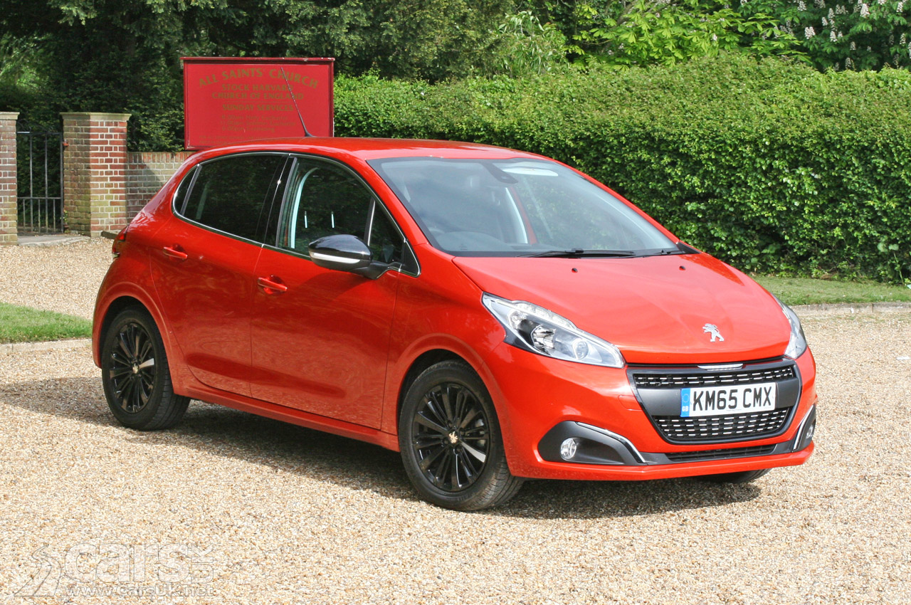 peugeot 208 allure 1 2 puretech review photos cars uk. Black Bedroom Furniture Sets. Home Design Ideas