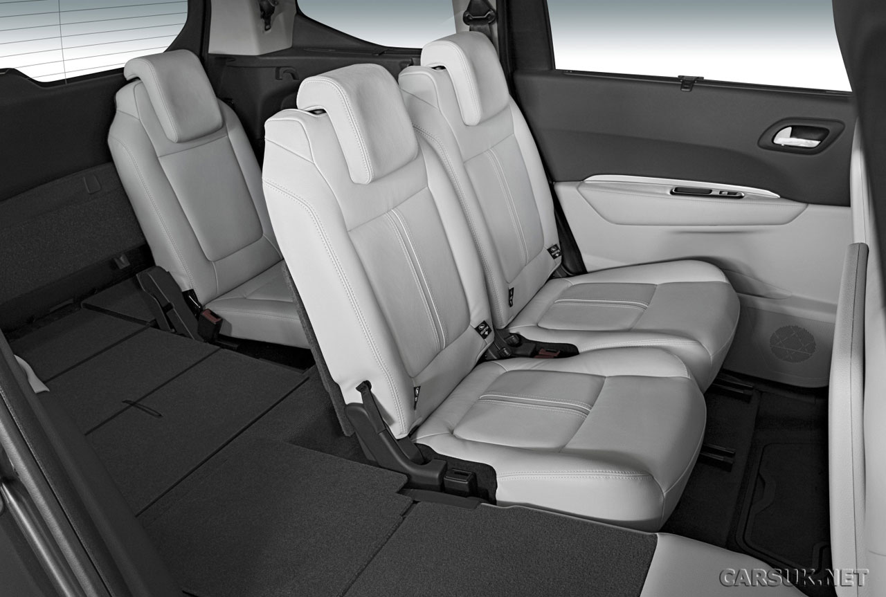 Interieur 5008 Of Peugeot 5008 Revealed