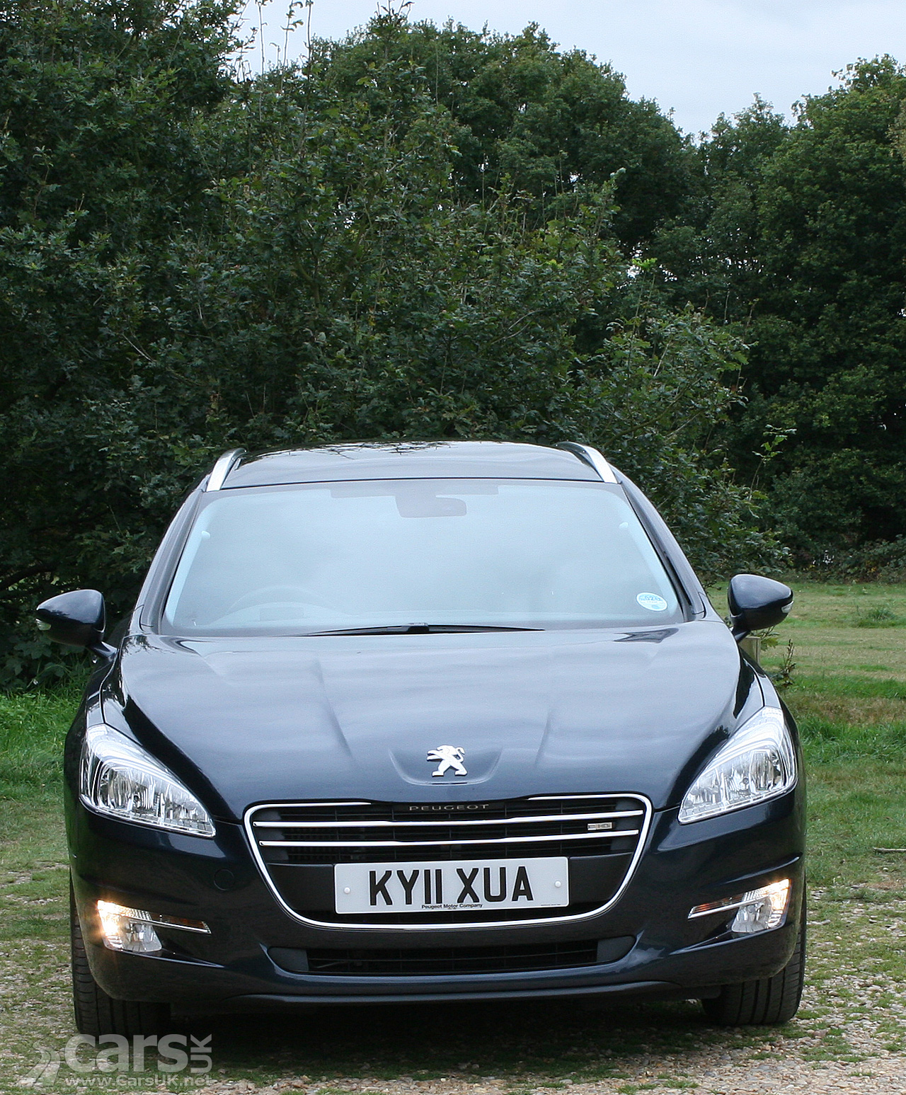 Peugeot 508 SW Active E-HDi 112 Review Photo Gallery