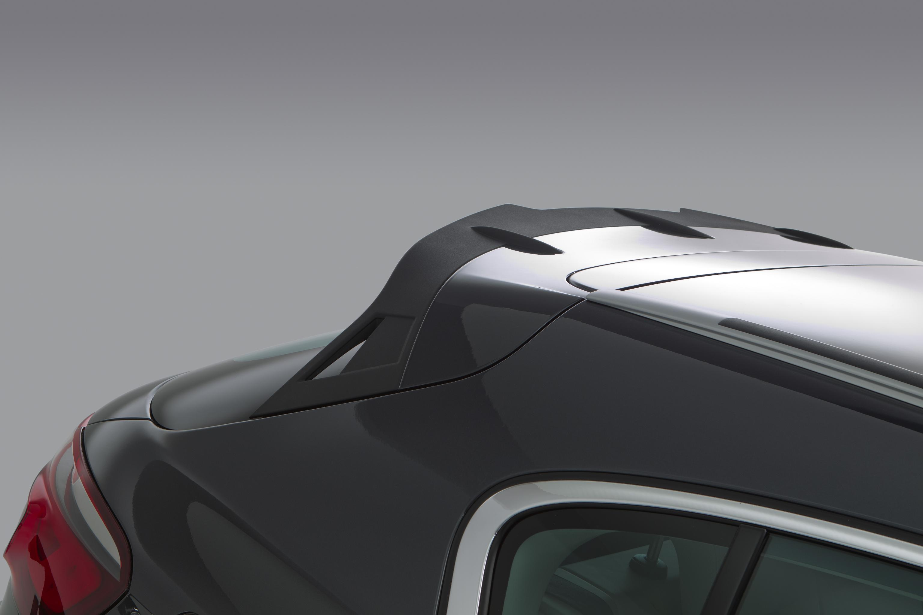 qoros-3-cross-hybrid-concept-detail-rear-hatch