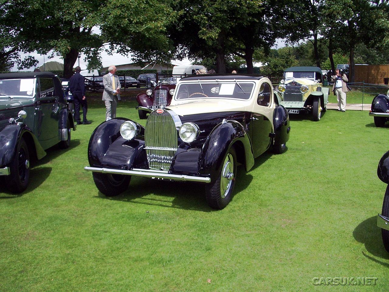 classic bugatti cars