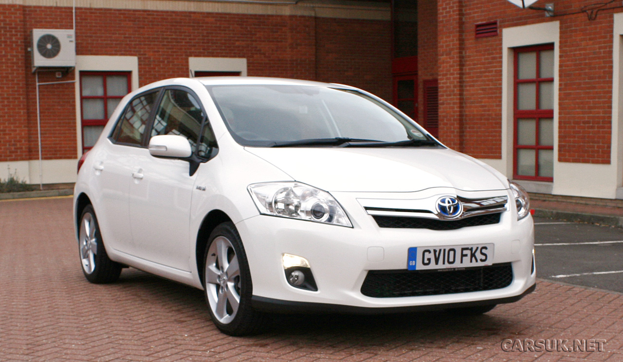 toyota auris hybrid review photos. Black Bedroom Furniture Sets. Home Design Ideas