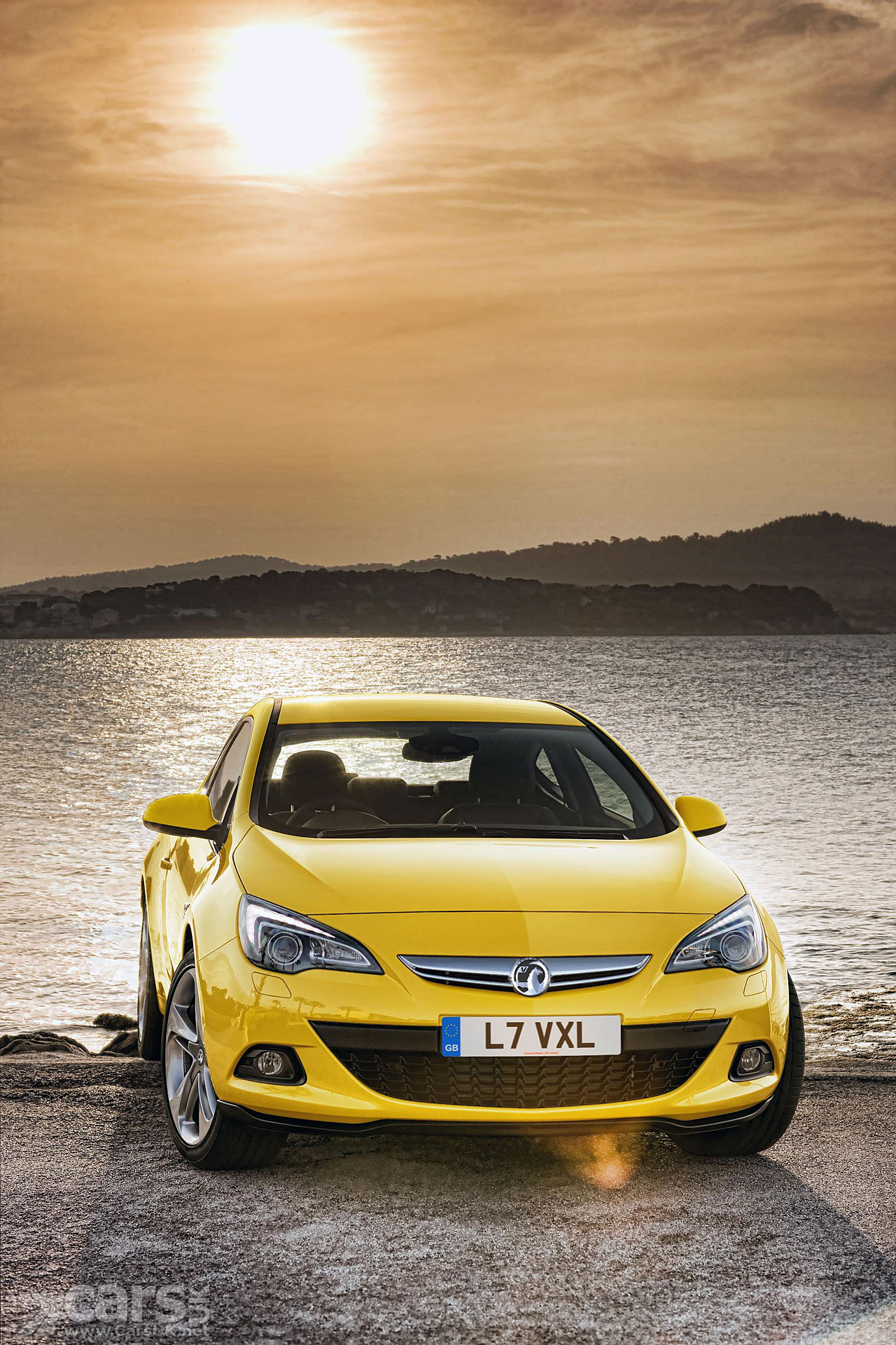 vauxhall astra gtc official photo gallery 2011. Black Bedroom Furniture Sets. Home Design Ideas