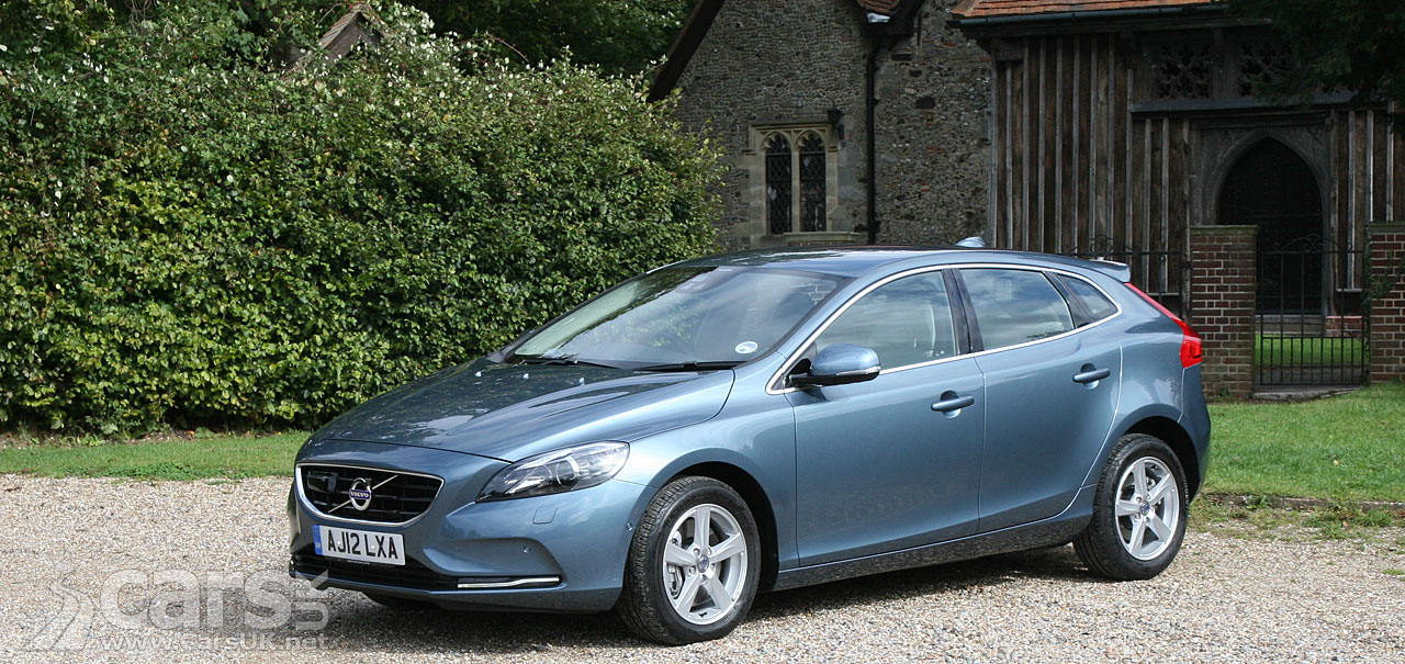 volvo v40 d3 se nav 2012 photo gallery cars uk. Black Bedroom Furniture Sets. Home Design Ideas