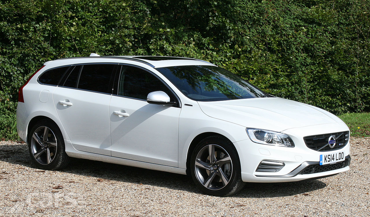 Volvo V60 Plug-in Hybrid Review (2014/15)