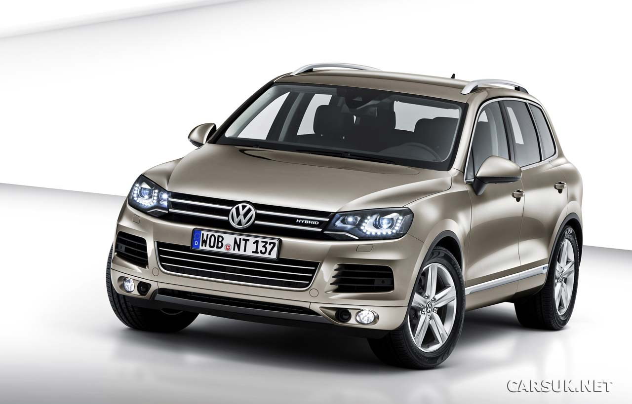 vw touareg 2010 2011 revealed. Black Bedroom Furniture Sets. Home Design Ideas