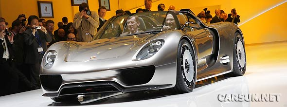 The Porsche 918 Spyder at Geneva