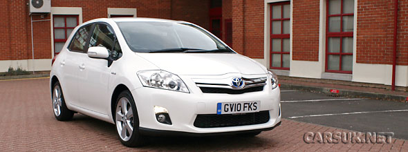 Toyota Auris Hybrid Review