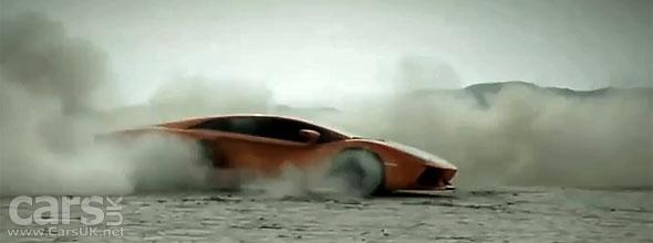 Lamborghini Aventador LP700-4 Commercial