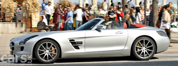 Photo of Mercedes SLS AMG Roadster caught undisguised