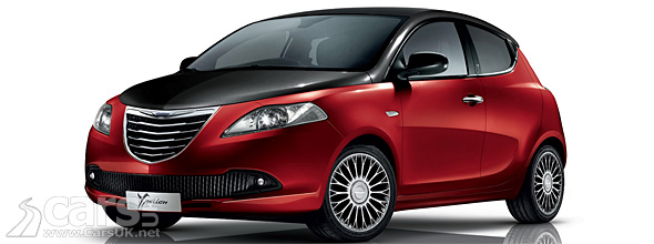 Chrysler Ypsilon Black&Red - Red with black roof