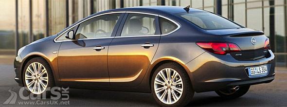 Opel/Vauxhall Astra saloon