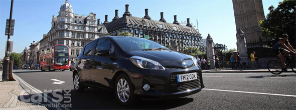 toyota yaris hybrid joins the europocar fleet cars uk. Black Bedroom Furniture Sets. Home Design Ideas