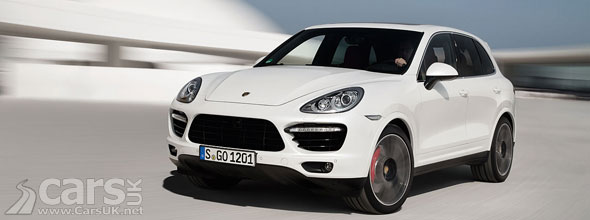 Photos of white Porsche Cayenne Turbo S