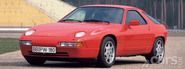 Photo of red Porsche 928