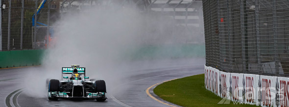 Photo of Mercedes F1 car in rain at Australian F1 GP qualifying 2013