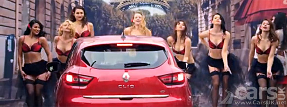 Photo Burlesque dancers new Renault Clio