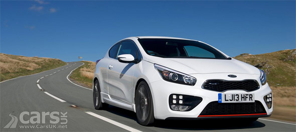 Photo new Kia pro_cee'd GT on road