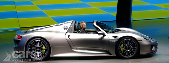 Photo Porsche 918 Spyder Revealed Frankfurt 2013