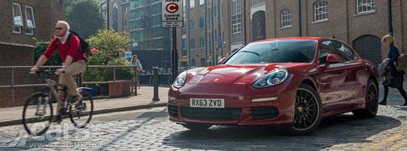 Photo Porsche Panamera S E-Hybrid qualifies for £5,000 taxpayer incentive