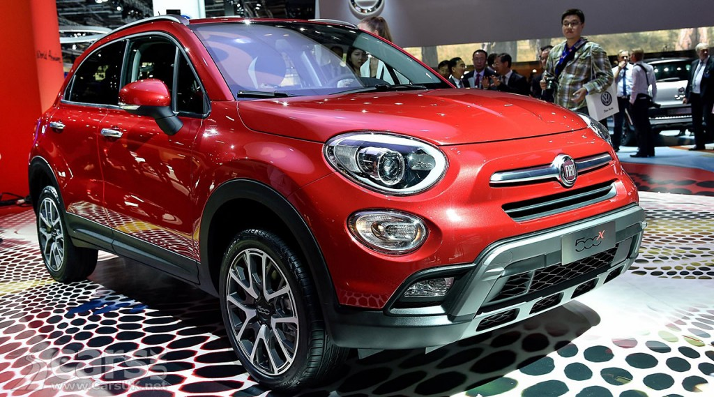 fiat 500x compact crossover debuts paris 2014 cars uk. Black Bedroom Furniture Sets. Home Design Ideas