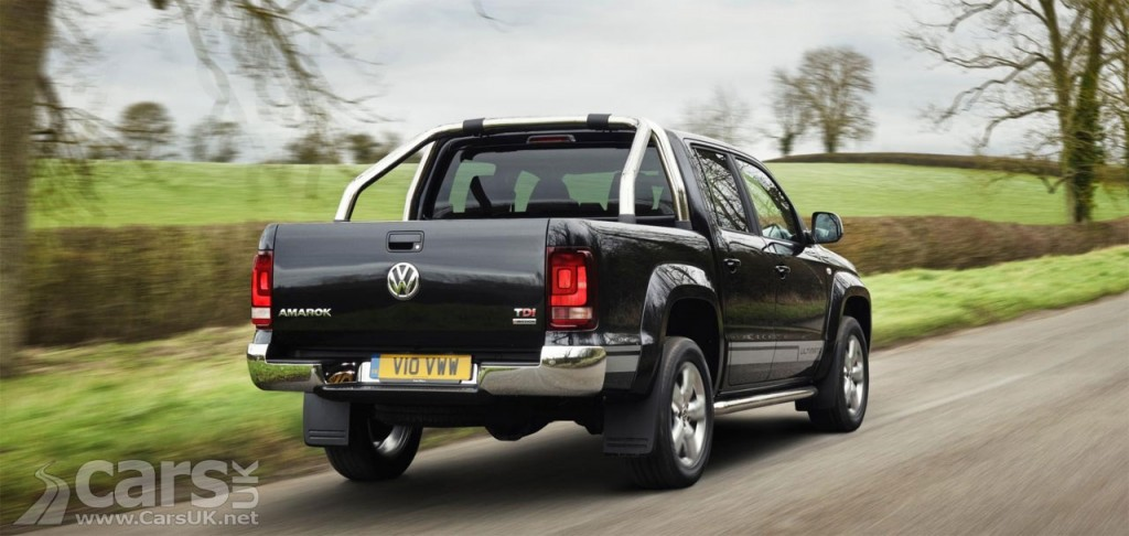 Photo Volkswagen Amorak Ultimate rear view