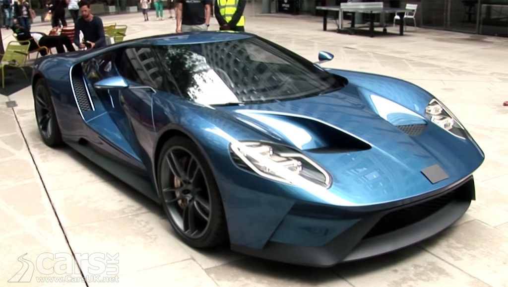 Ford GT in London as passers-by are asked what it is