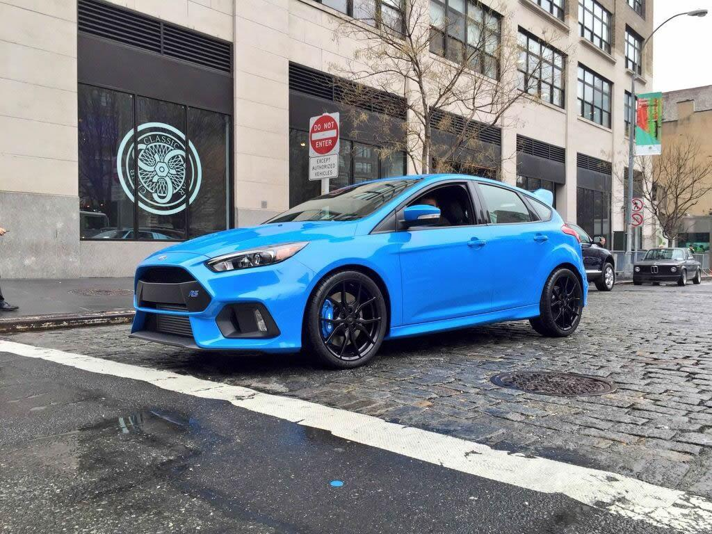 2016-Ford-Focus-RS-8.jpg