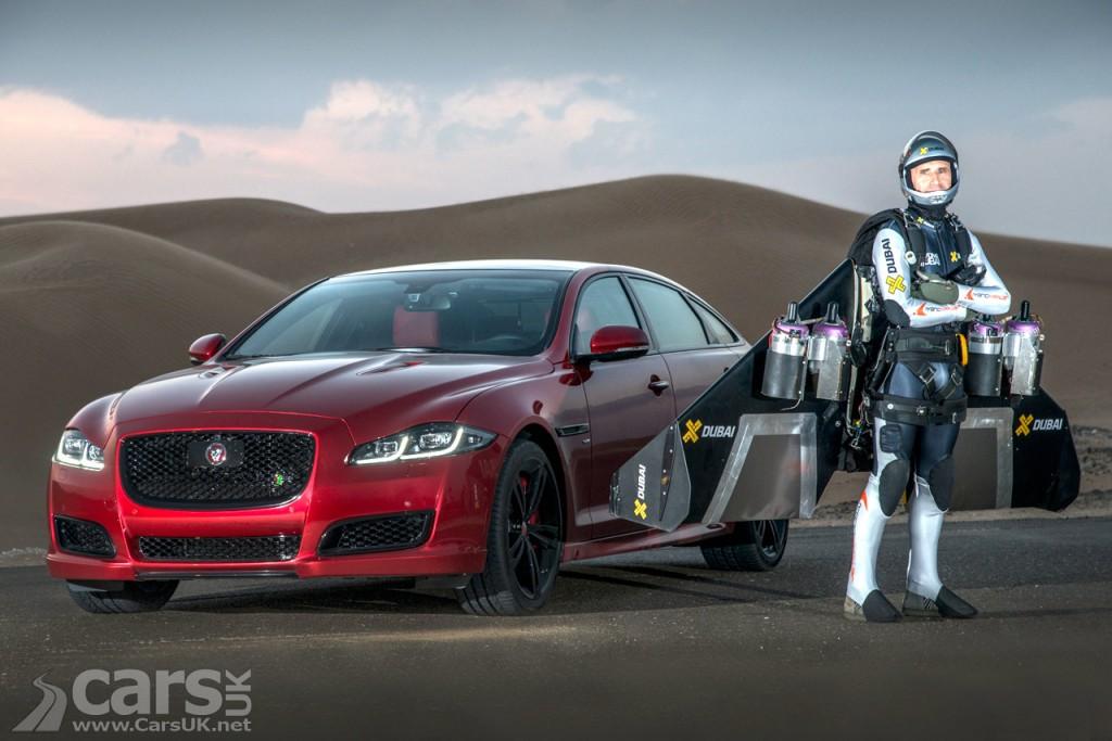Jaguar XJR Vs a Human JET